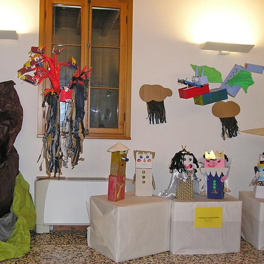 Esposizione FIABE IN SCATOLA