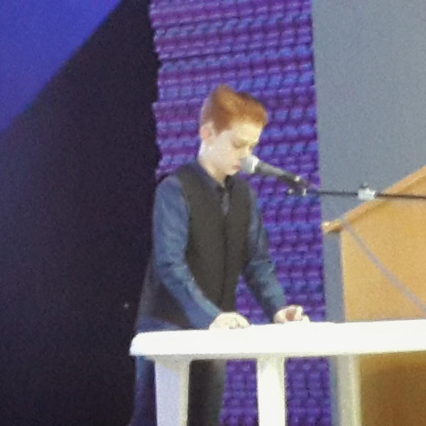 הנואם הצעיר4