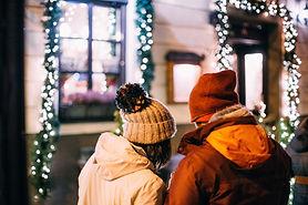 Paare in den Weihnachts