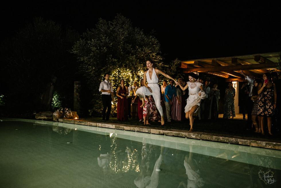 54- Girls wedding in Polignano.jpg