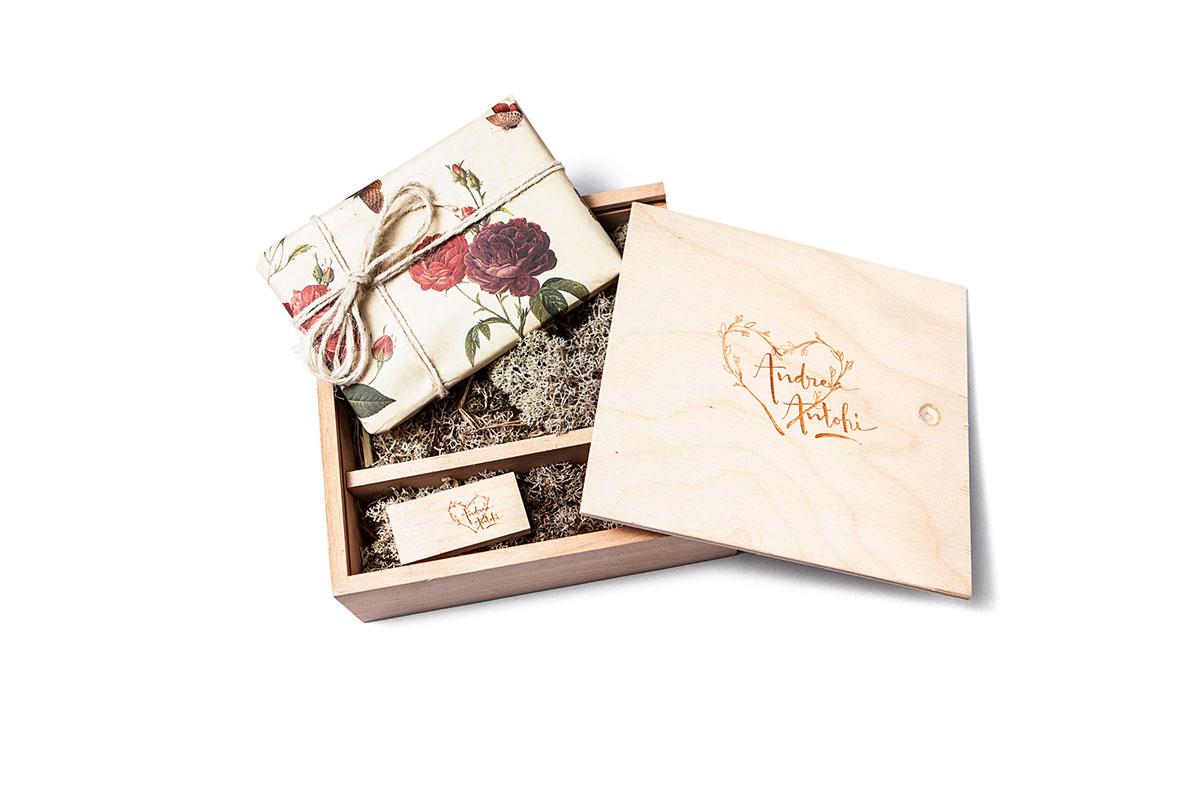 wooden print wedding box Antohi