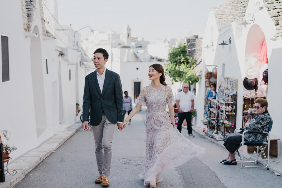 Pre wedding photographer in Puglia - Alberobello -  Andrea Antohi