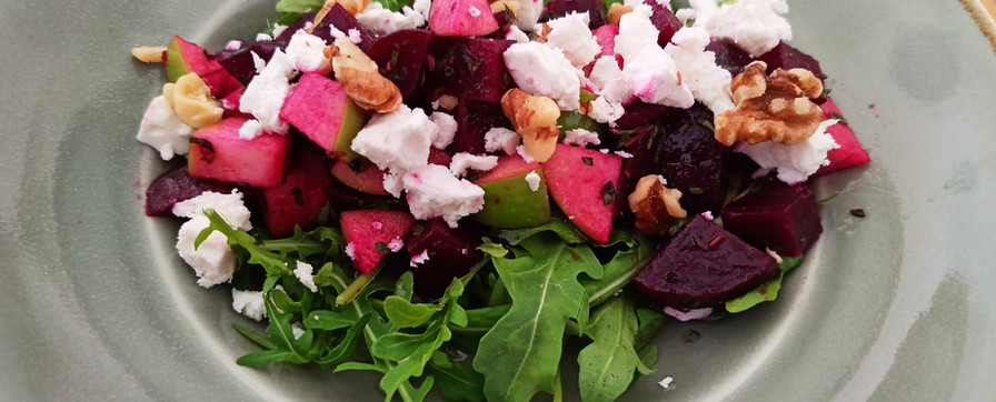 Beetroot feta salad