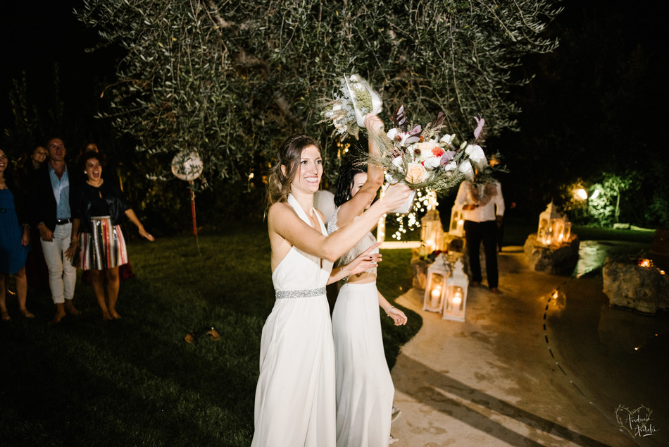 51- Girls wedding in Polignano.jpg