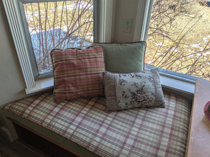Window seat in Front Room