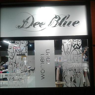 DEE BLUE