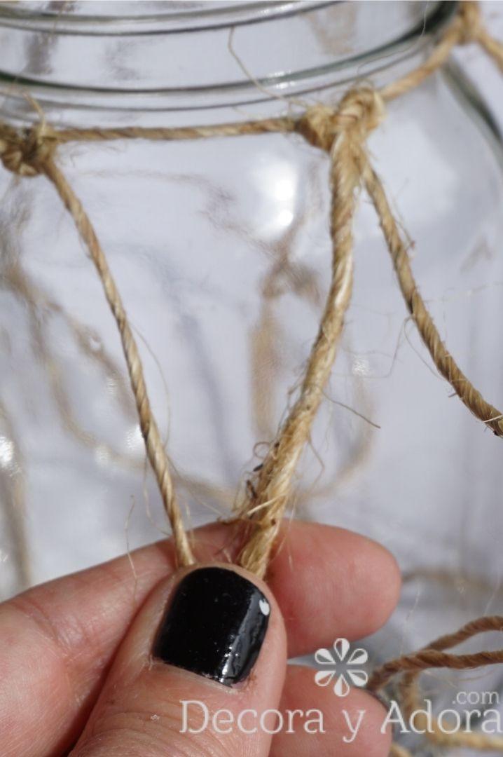 amarrar cuerdas de sisal en centro de mesa hazlo tu mismo