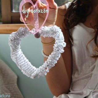 corazón con alambre