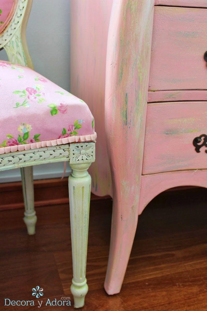 silla renovada cambiando tapiz
