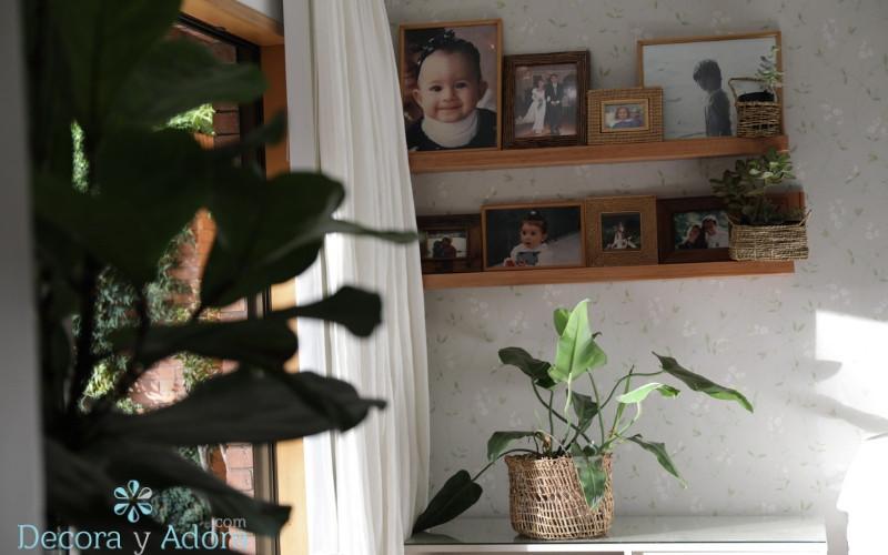 repisas de pino Oregon en dormitorio matrimonial
