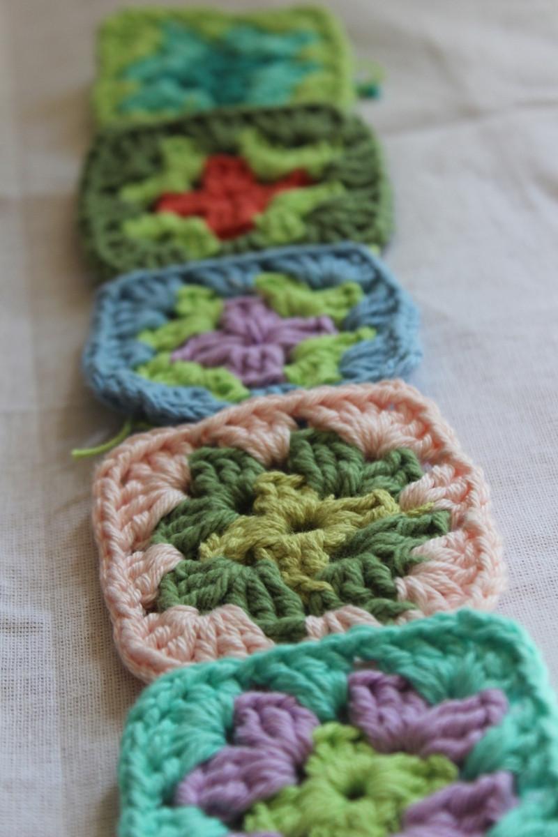 tejer cuadraditos para cortina a crochet
