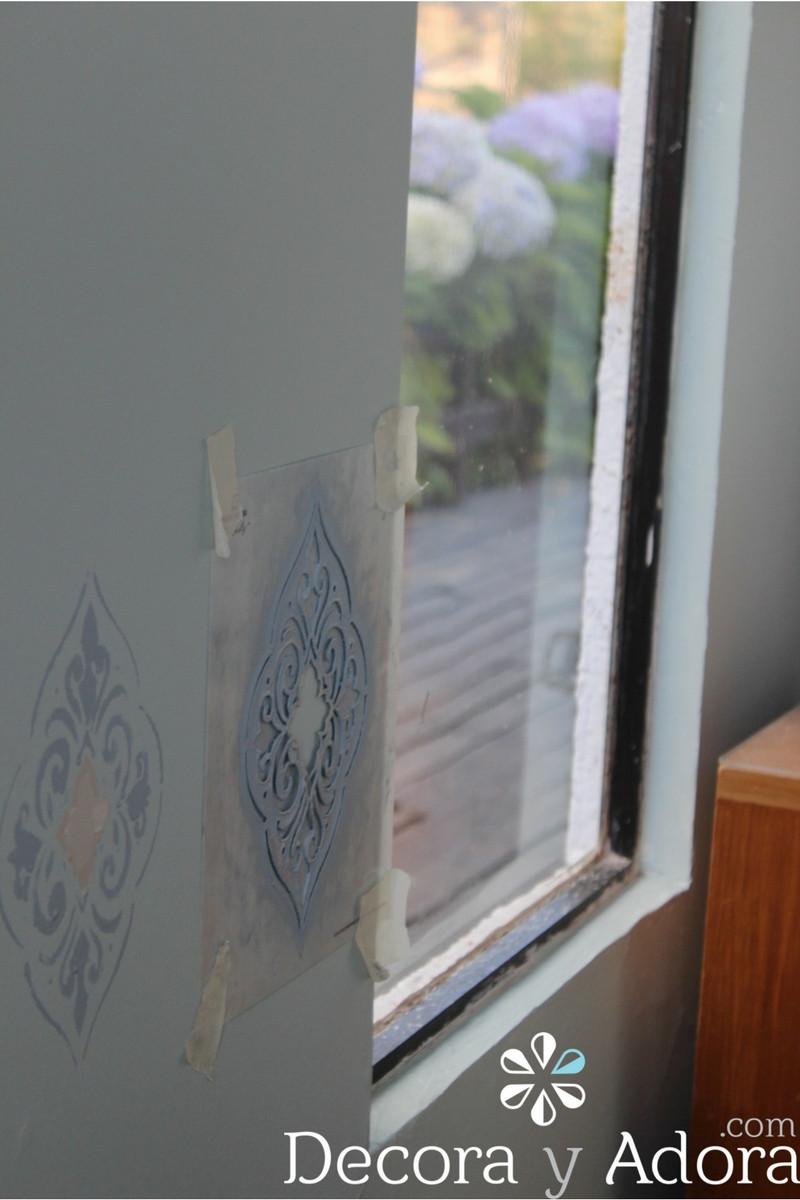 dejar secar pintar pared con stencil