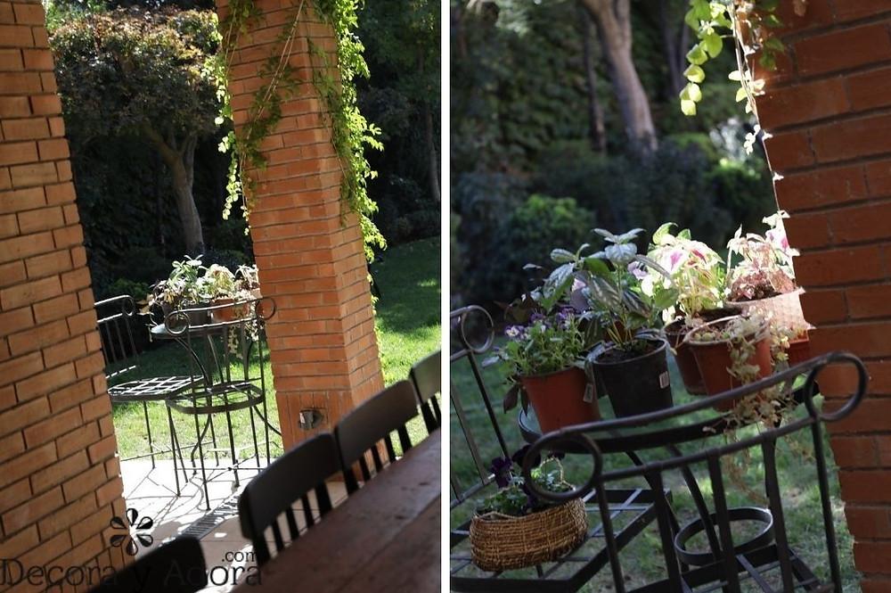 detalle de jardín terraza pintada de negro