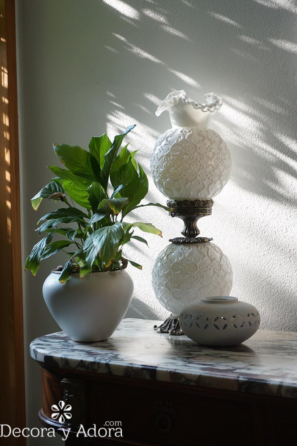 lámpara antigua con tulipas en mi hall