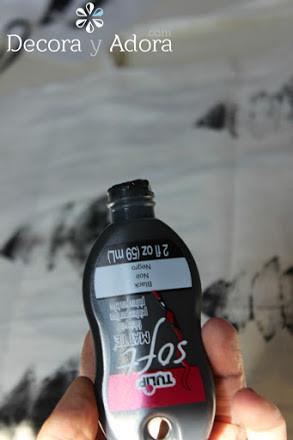para estampar usar pintura de tela color negra