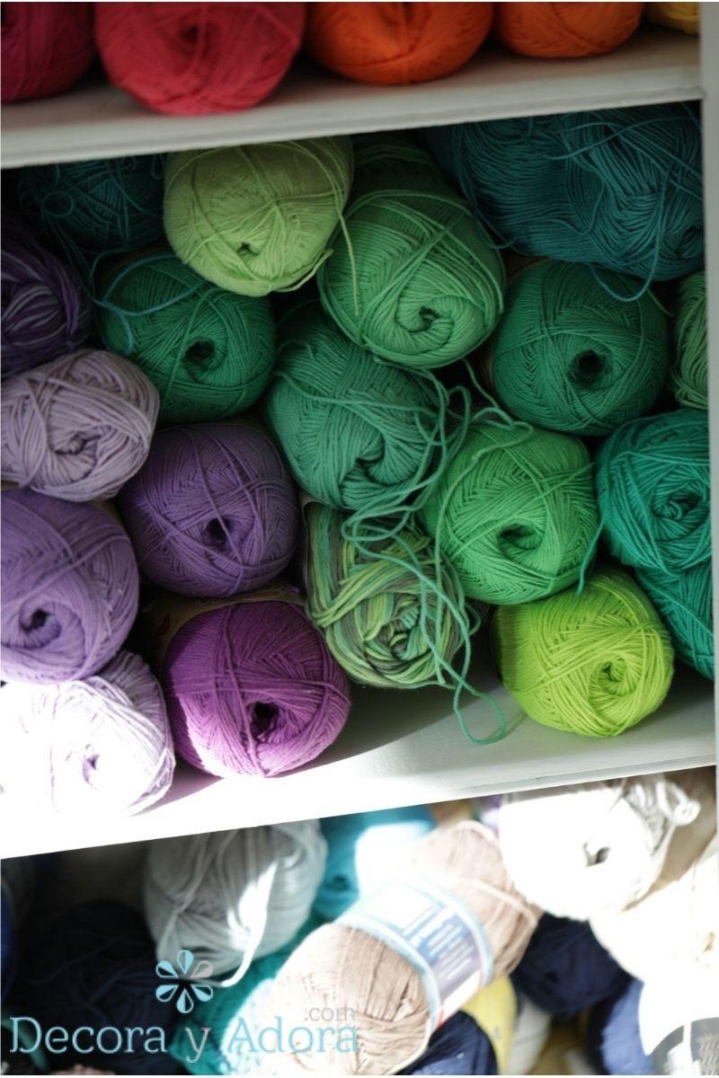 mis lanas en mueble con decoupage