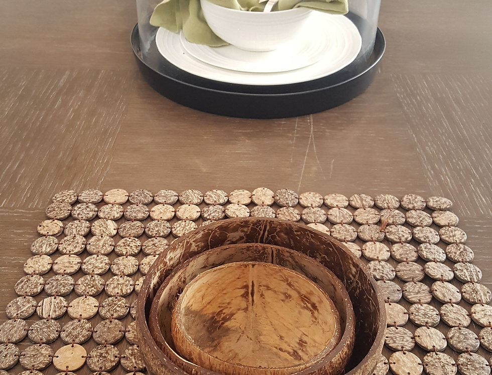 Bohemian Bowls Coconut Shell Placemat Table Setting With Coconut Bowl Trio
