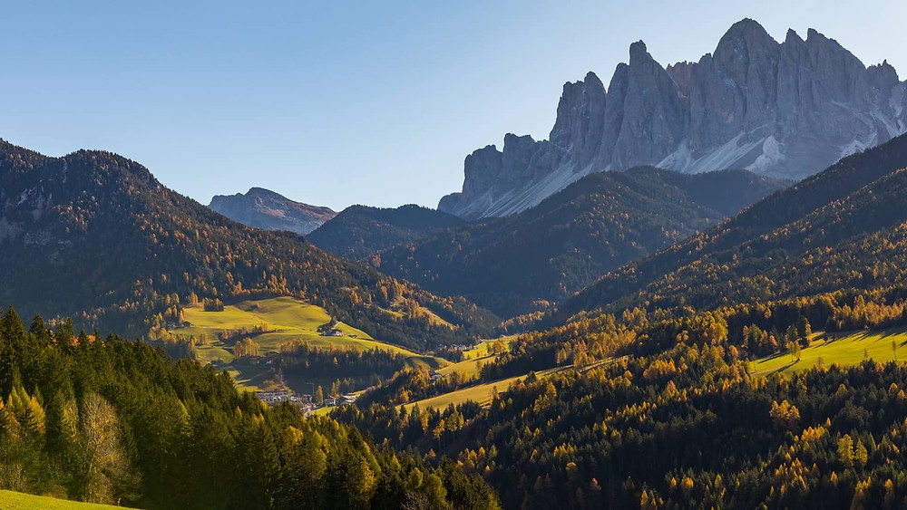 gorgeous Puez Odle Altopiano hike in the dolomites