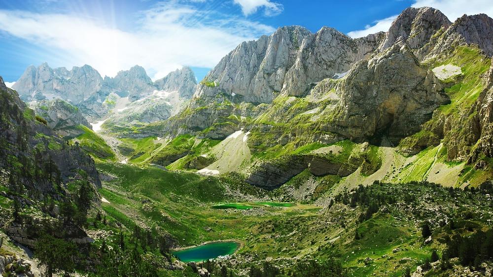 Travel bucket list ideas for 2021: albania!