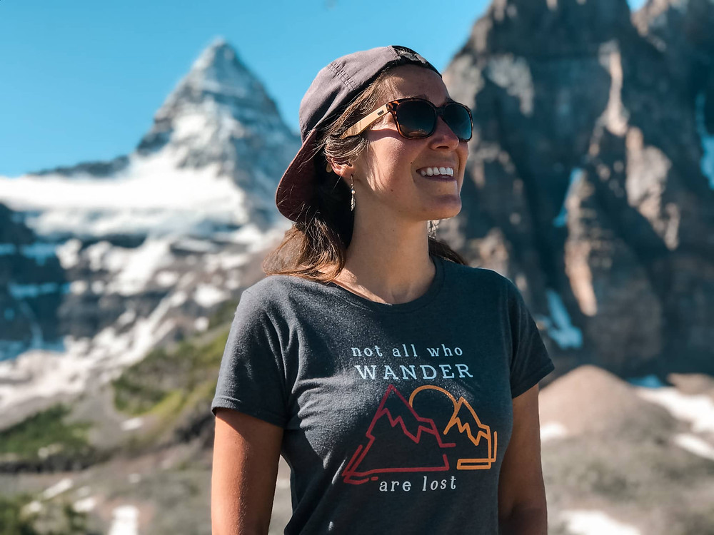 travel apparel in the canadian rockies