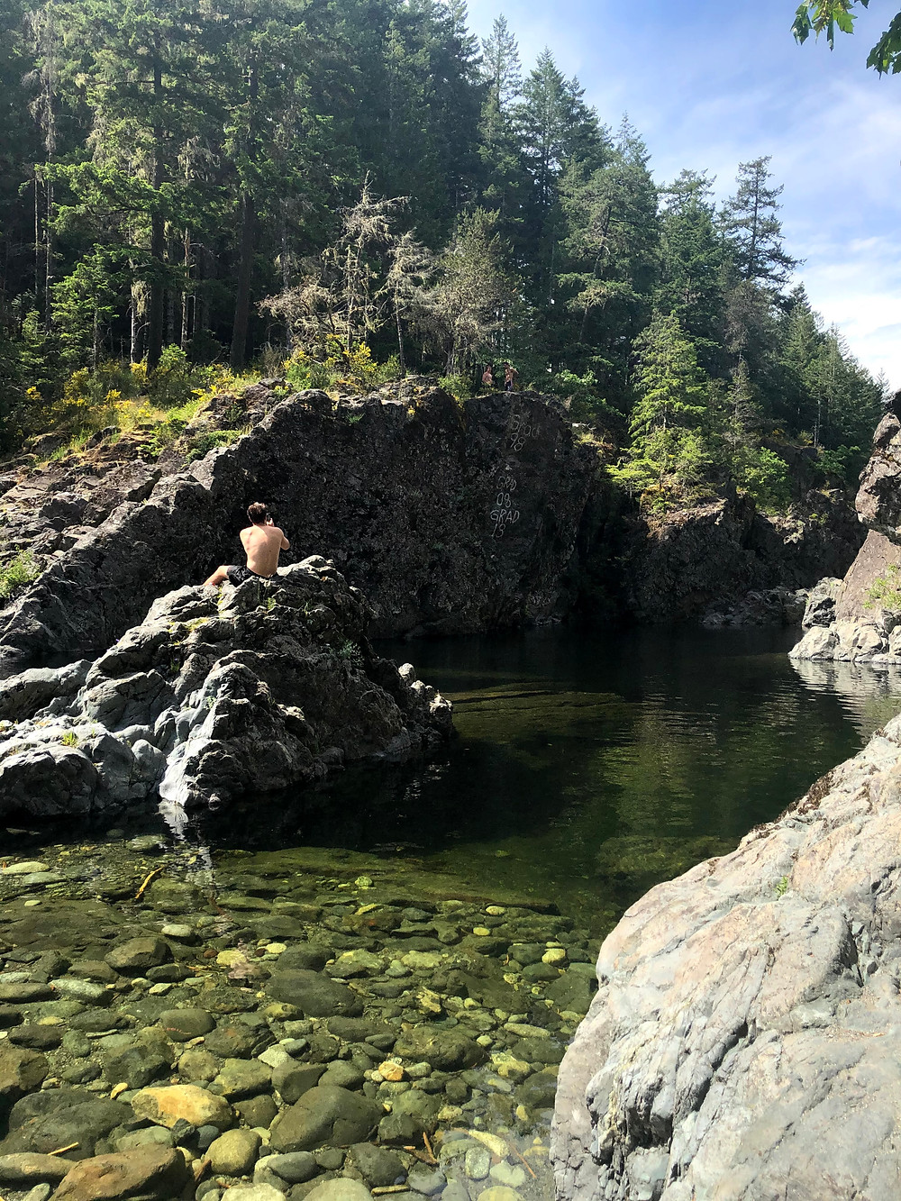 Sooke Potholes in BC should not be missed on a roadtrip from Sooke to Port Renfrew