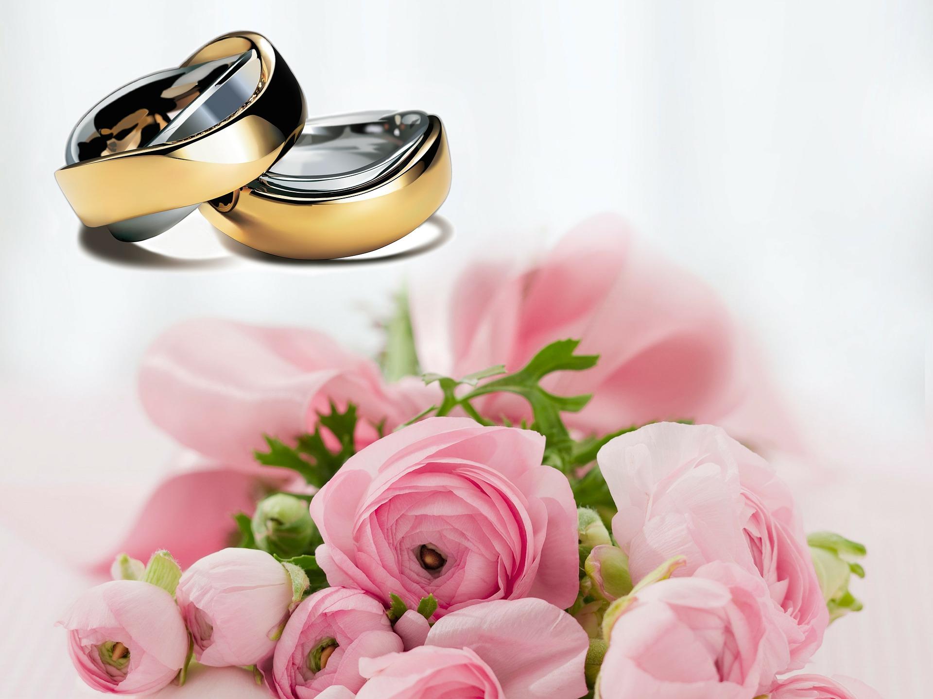 wedding-rings-251590_1920