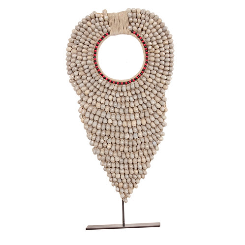 Schelpenketting (shell necklace)