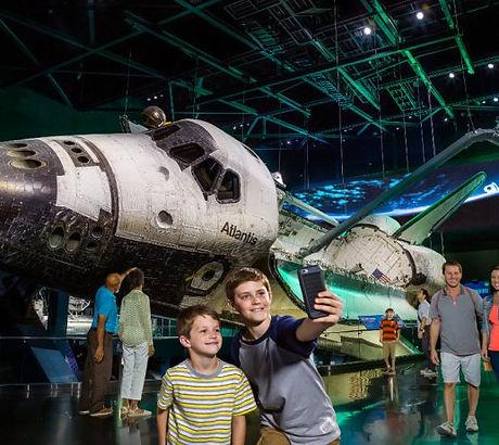 space_shuttle_atlantis_orbiter.jpg