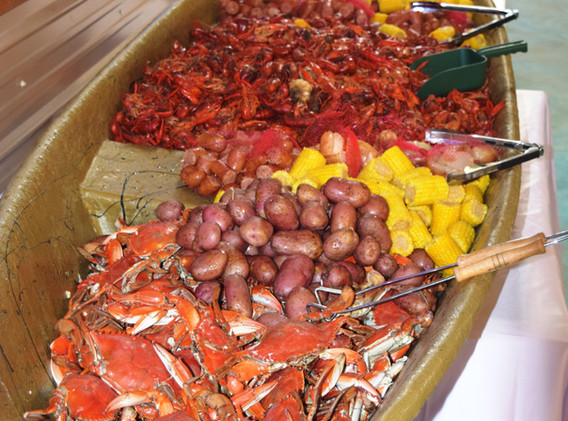 pirogue dinner spread.JPG