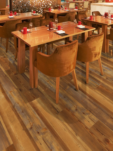 NV-S-022_driftwood_commercial_room_img_1