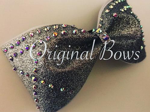 Silver Glitter Crisscross Tailless Bow