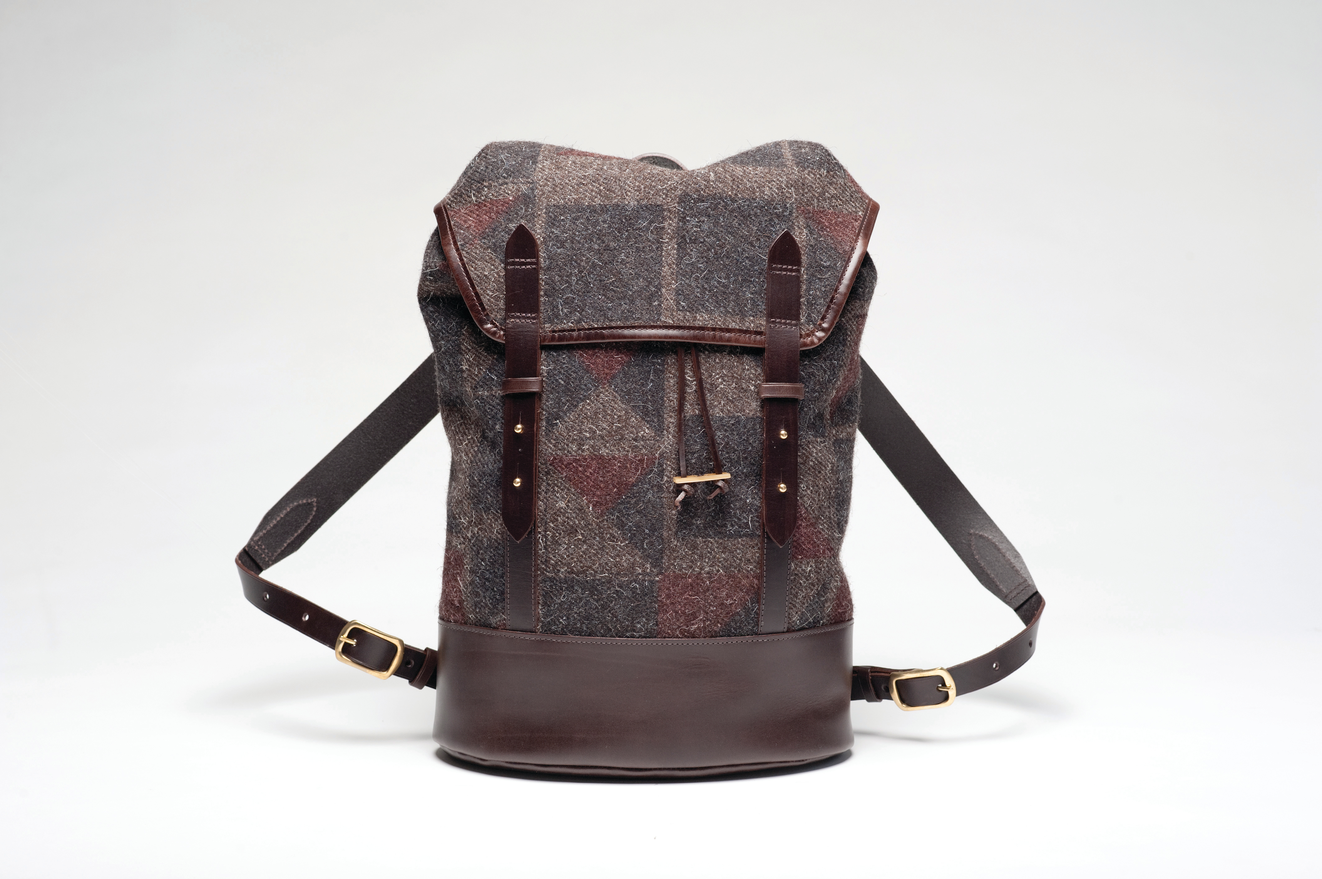 CHERCHBI Black Sail Rucksack in Tamasyn Gambell Broken Square printed Herdwyck No.10 tweed w Brown L