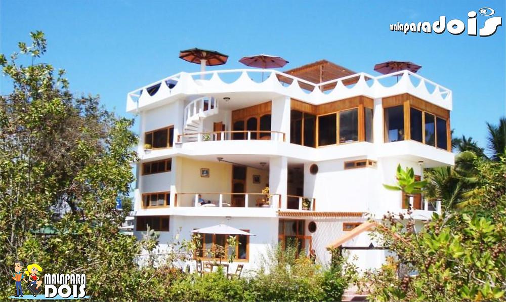 La Laguna Hotel