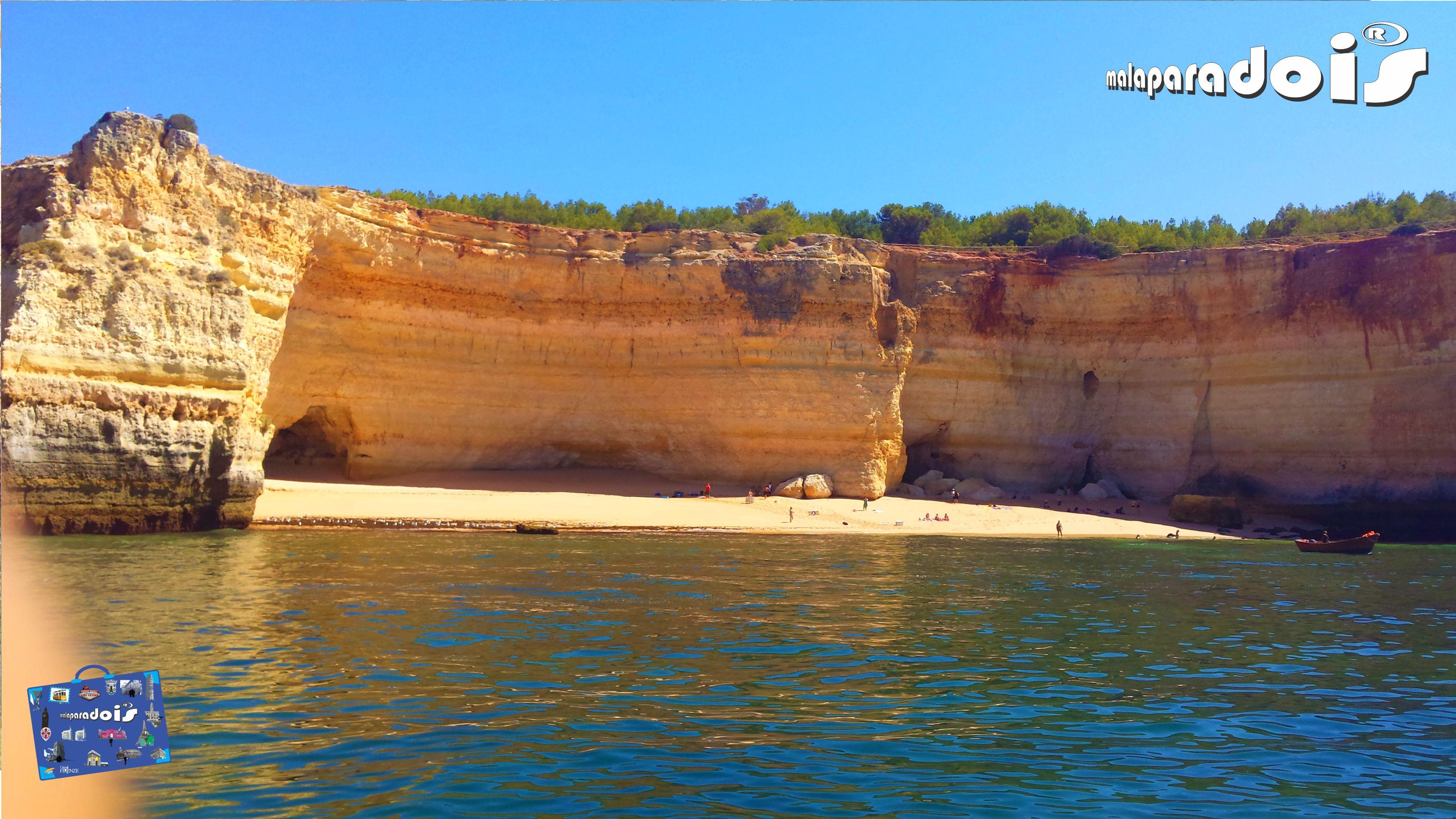 Praia dos Carvalhos