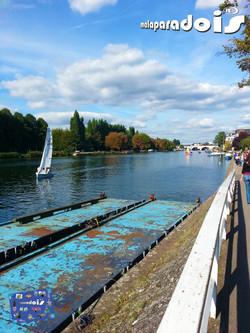 Rio Tâmisa em Kingston