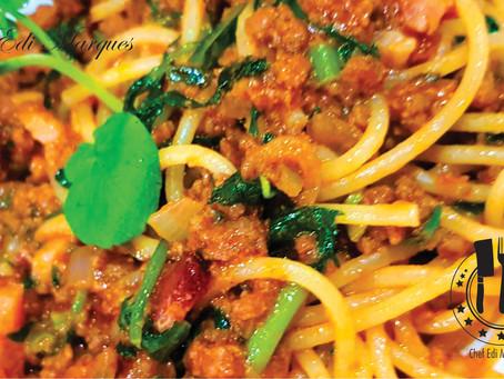 Spaghettoni com Ragú de Pancetta