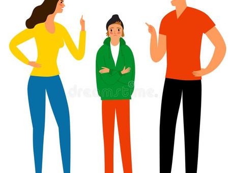 Jak rozmawiać z nastolatkiem? Wskazówki dla rodziców.