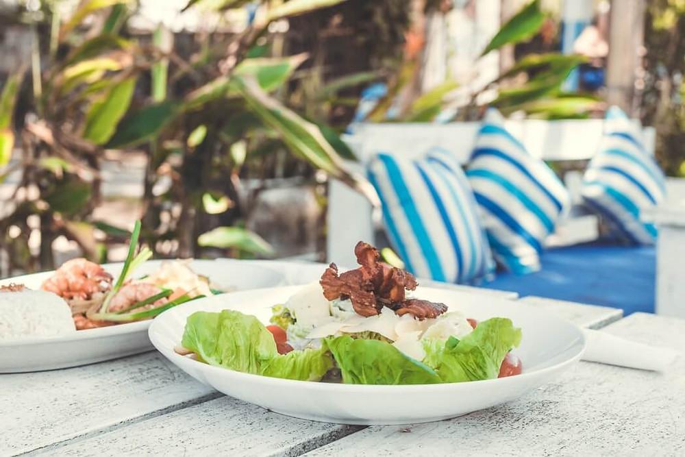 thai peanut lettuce boat wraps