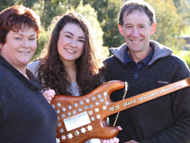 Jenny Mitchell wins Gore's Gold Guitars