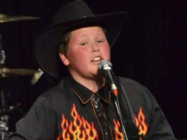 Zac Cash-ing in on country music dream