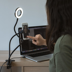 Your Best Self With The Thumbs Up Vlogging Light