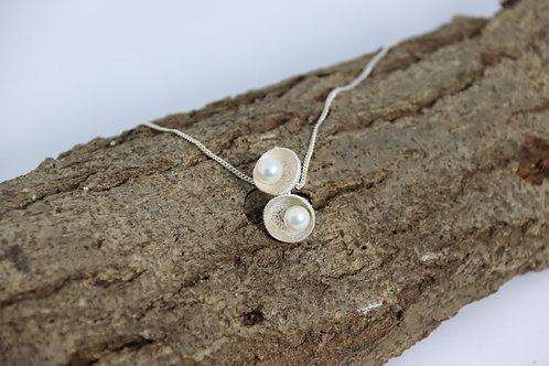 Acorn Pearl