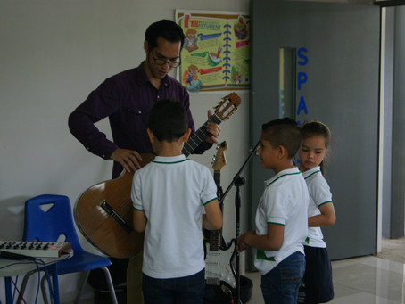 Visita del guitarrista