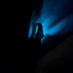 Feet in the Water Glowing. Marzo 2021.jpg