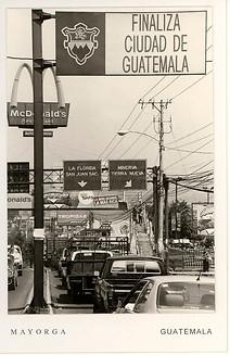 Serie: Revisitaciones, tarjetas de visita de la capital 1992-2006