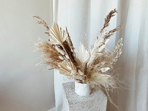 Chloe dried arrangement