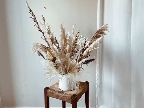 Isla dried arrangement