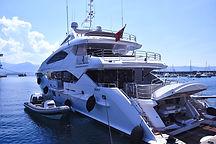yacht-823681_1920_edited.jpg