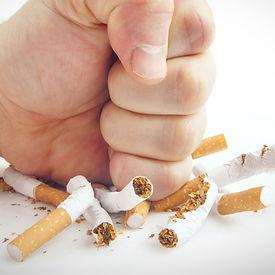 Arrêt du tabac à Puteaux, Arrêter de fumer par l'hypnose définitivement Puteaux, Philippe de Carvalho, hypnothérapeute Puteaux vous propose des séances de sevrage tabagique par l'hypnose. Méthode efficace pour arrêter le tabac grâce à l'hypnose à Puteaux et Suresnes