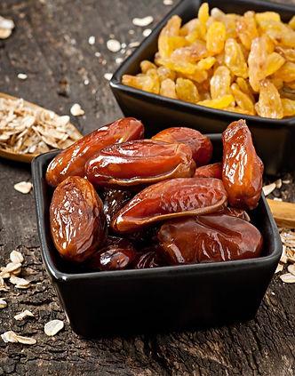 healthy-breakfast-oatmeal-berries_2829-1